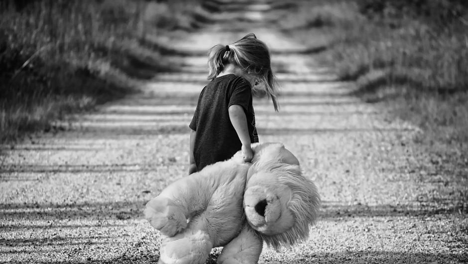 Boleča izpoved mame, ki je izgubila hči zaradi partnerskega nasilja (foto: pixabay)