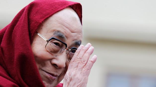 Dalajlama: Prišel je čas, ko moramo misliti na celotno človeštvo (foto: profimedia)