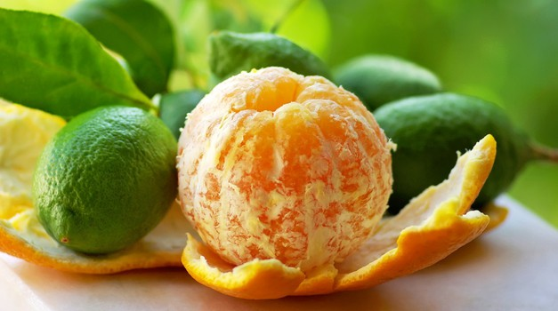 4 načini, kako koristno uporabite pomarančne lupine
