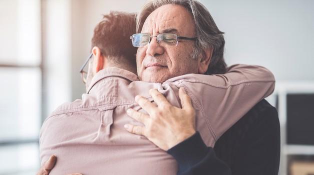 Težko je delovati, dokler smo v konfliktu s starši. (foto: shutterstock)