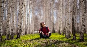 3 prakse, s katerimi se lahko spet zbližamo z naravo