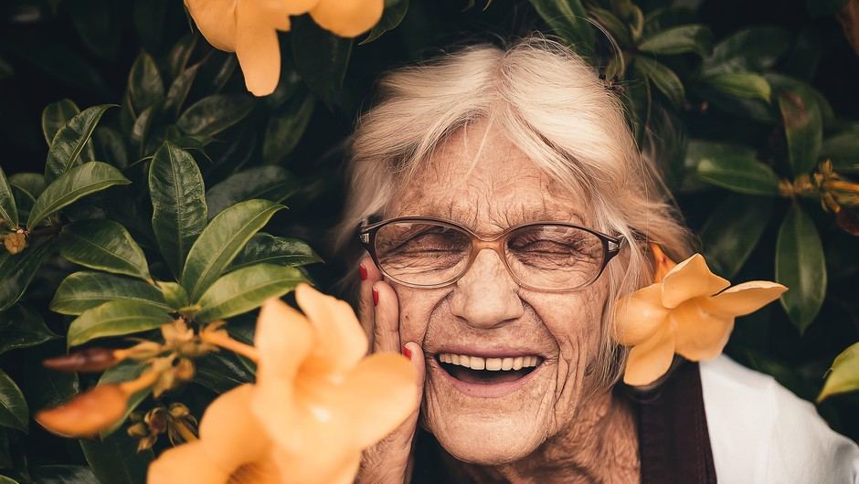 Nekega dne, ko boš star(a) in zguban(a), se ozri nazaj brez obžalovanj (foto: pexels)