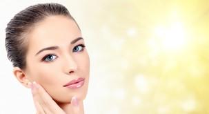 Tako očistite obraz nežno, učinkovito in zdaj tudi zeleno
