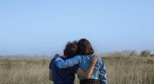 Osamljeni smo takrat, ko ne moremo komunicirati o stvareh, ki se nam zdijo pomembne