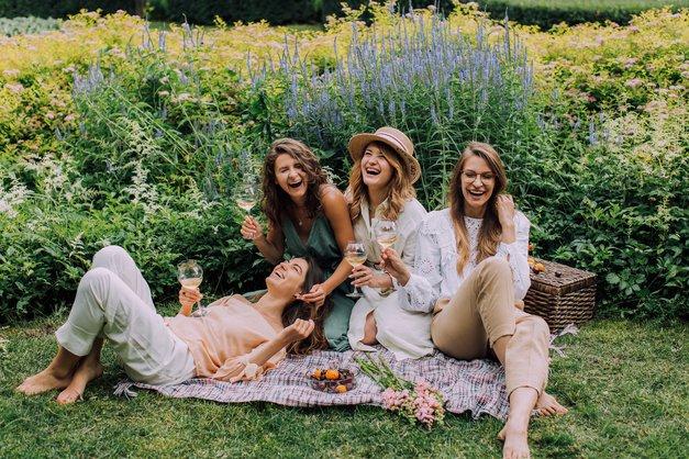 Vabljene na sproščen damski vikend v vilo sredi pomurskih vinskih gričev (foto: PROMO)
