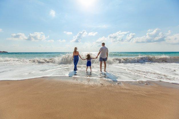 Kako preseči (nefunkcionalne) družinske vzorce, prepričanja in travme ter stopiti na svojo pot? (foto: Pixabay)