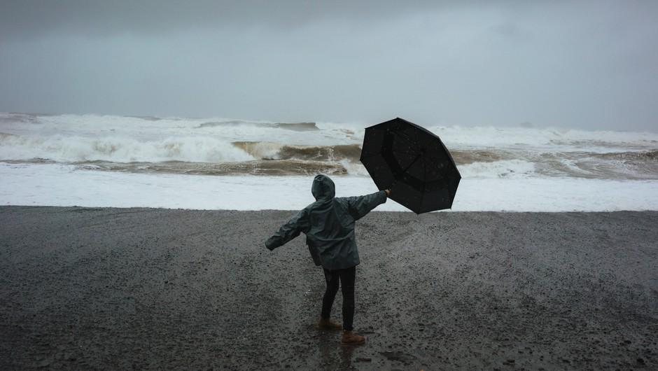 Sporočilo za današnji dan: Ko boš prišel iz nevihte, ne boš več ista oseba, kot si bil pred nevihto. (foto: pexels)