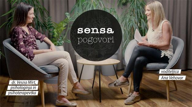 """Dr. Vesna Mirt v oddaji Sensa pogovori: """"Travme se prenašajo iz roda v rod, vse dokler se nekdo ne odloči, da jih prekine."""" (video) (foto: sensa.si)"""