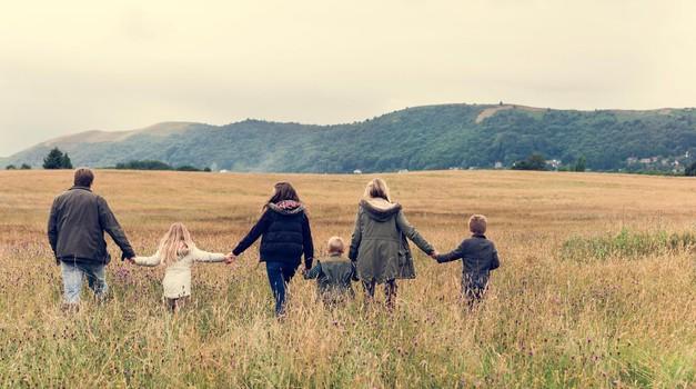 Zamere znotraj družine - te so najbolj boleče in trdovratne (foto: profimedia)