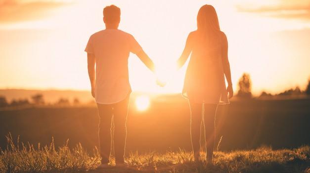 Katero astro znamenje se najbolj trudi ohraniti odnose in katero najmanj? (foto: pixabay)