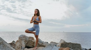 Kaj se dogaja z našimi možgani med meditacijo?