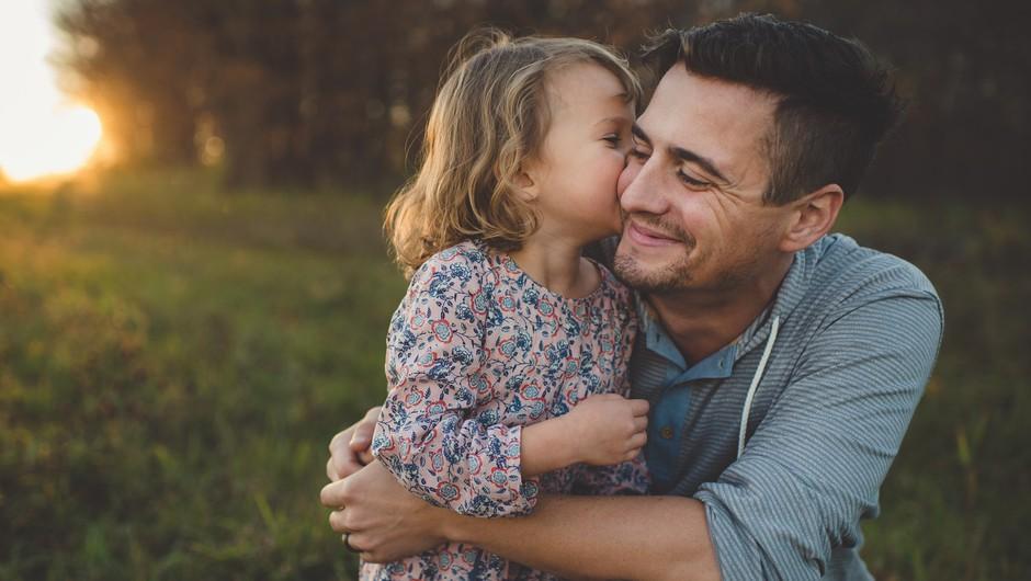 Nasveti za vse očete, ki imajo hčerke: Naučite jo, da je vredna spoštljivega partnerja (foto: profimedia)